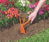 Ferramentas básicas para cuidar do jardim – Enxadinha